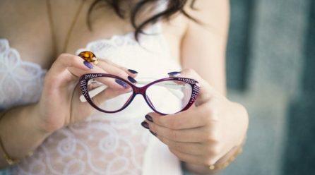 Comment nettoyer vos lunettes sans les abîmer !